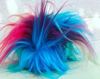 """Fuzzy """"Meba"""" keychain Fake Fur"""