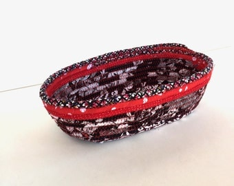 Cracker Basket - Catchall Basket - Entryway Valet - Bowl for Keys - Fiber Art