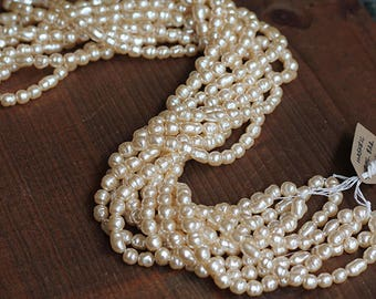 Master Strand ~ Baroque Pearl Mix Miriam Haskell Pearls in Cream