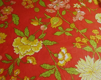Vintage floral cotton print fabric, yardage large print fall colors