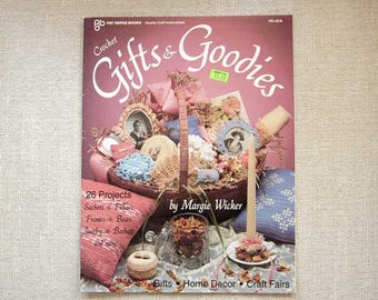 Crochet Gifts & Goodies, Victorian Patterns, 26 How To Craft Projects, Crocheting Sachets, Pillows, Frames, Boxes, Jewelry, Baskets ON SALE
