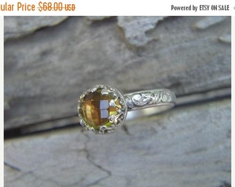 ON SALE Stackable ring in sterling silver with a lemon quartz