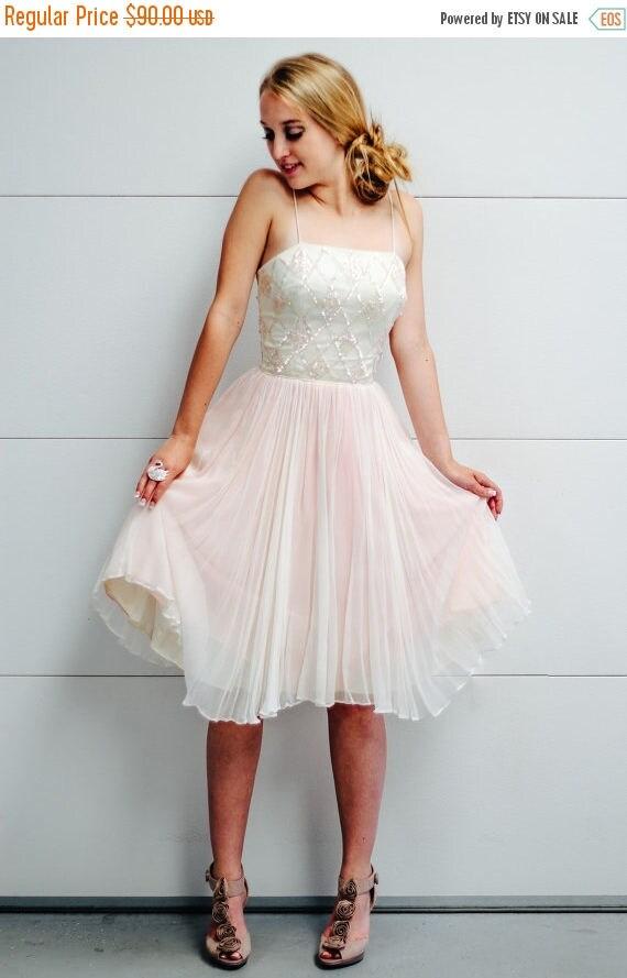SALE Vintage Jr. Theme New York Party Dress