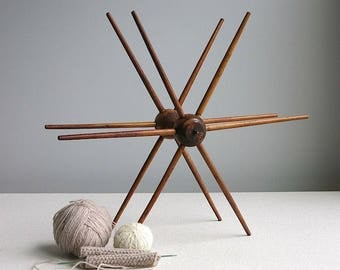 Vintage Industrial Wood Spool - Star Shaped Decoration Antique Swift Yarn Winder - Industrial Rustic Decor