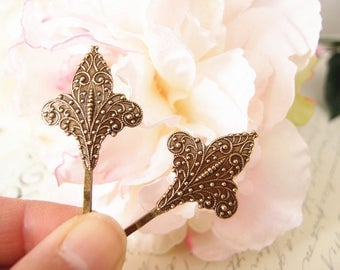 French Fleur De Lis bobby pins-medieval-shabby chic-steampunk-Victorian V041