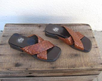 90s Joan and David Sandals Slides Brown Braided Leather NWT Chunky Heel Sandals Ladies Size 35/6