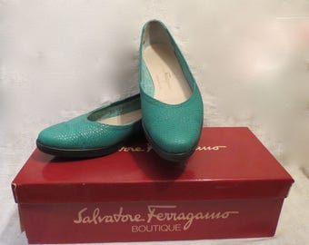 Salvatore Ferragamo Teal Green Ladies Shoes in Original Box SZ 7SS