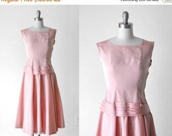 25% OFF 1950's taffeta dress. light pink. drop waist. sleeveless. small. 50's full dress. s.