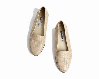 Vintage Woven Leather Skimmers in Dark Ecru / 90s Off-White Leather Flats Shoes  / Woven Leather Loafers - women's 7