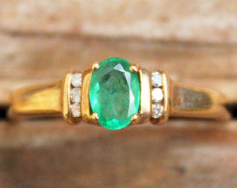 9ct Ring Yellow Gold Emerald Diamond Cluster Jewellery Jewelry Old 9k Carat 9