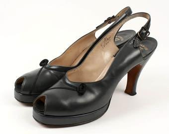vintage 1940s pewter platforms • pinup peeptoe slingback shoes
