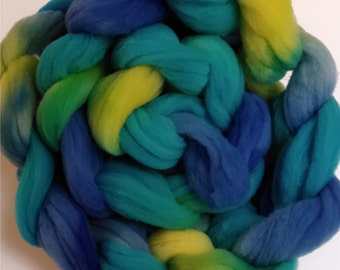 "Heritage Breed Wool Roving for Spinning Babydoll Wool Fiber Needle Felting 4 Ounce Braid Combed Top Hand Dyed Aqua Yellow Green  "" Calypso """