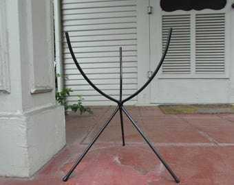 "Mid Century ""Bullet"" Shaped Metal Plant Stand"