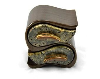 Jewelry Box in Walnut & Buckeye Burl
