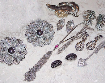 SALE 18.00  8 Piece Lot of SARAH COVENTRY Vintage Jewelry * Necklace, Earrings, Ring, Pin
