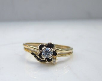 Vintage Diamond Flower Engagement Ring and Matching Diamond Leaf Wedding Band set in Solid 14k Yellow Gold, Size 8.25