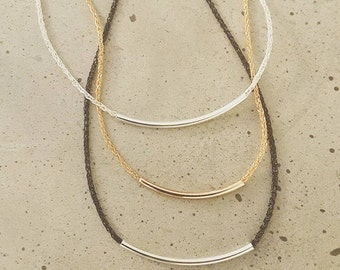 Thin wire mesh necklace with sliders