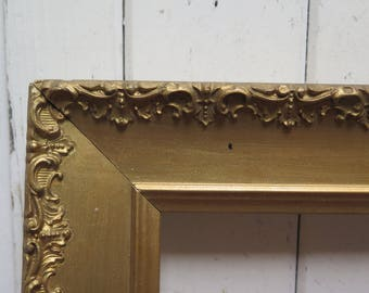 Beautiful Chippy Gesso  Gold Picture Frame -  Ornate open 6 x 8 frame