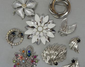 7 Silver Tone Brooch Destash Lot Sarah Coventry - Christian Dior  OAW21