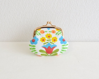 Vintage floral tiny coin purse -260- white, Handmade in Japan.