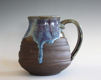 EXTRA LARGE 26 oz Coffee Mug, handthrown ceramic mug, stoneware pottery mug, unique coffee mug
