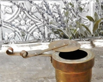60% OFF PRIMITIVE Antique ~~DOURO~~Solid Brass Handled Pot For food warmer ~~Made In Portugal~~Warmer Holder