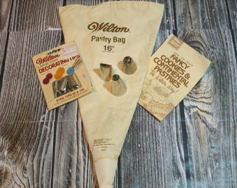 Wilton Pastry Bag and Tips Vintage Baking Supplies
