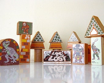Vintage Land of the Lost Wooden Building Blocks // Chaka // Dinosaurs