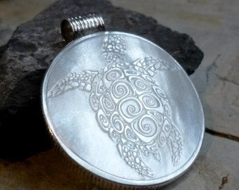 Nature Turtle Pendant, Big Round Shiny Silver Shell Pendant, Statement Round Mother of Pearl Pendant, Modern Bohochic Hippie Pendant PF456MP