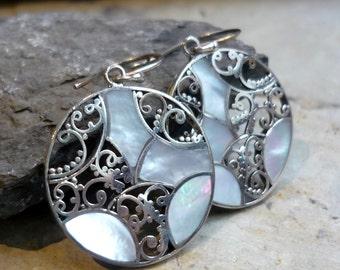 Round Sterling Silver Earrings, Shell Earrings, Dangle Earrings, Silver Filigree Earrings, Shiny Silver Earrings, Casual Earrings Fu EF039MP
