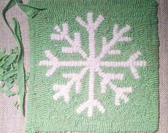 Snowflake Rug Hooking Pattern Instant Download