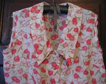 Pretty 1960s Pink Tulip Print Crepe Large Collar Blouse Needs TLC