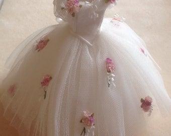 Handmade beautiful miniature dollhouse flower 1/12th dress