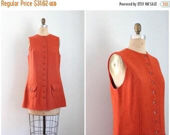 SPRING SALE 25% SALE / vintage 1960s mod wool jumper - pumpkin orange mini dress / Bobbie Brooks dress - button front jumper / burnt orange