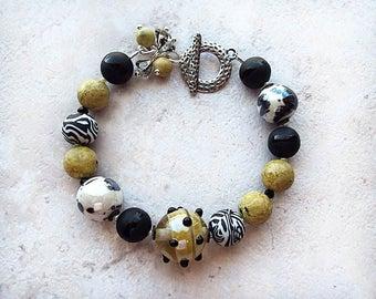Black White Bracelet, Beaded Bracelet
