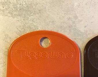 Vintage Tupperware set if 3 large paperclip style Bookmarks orange tan  brown