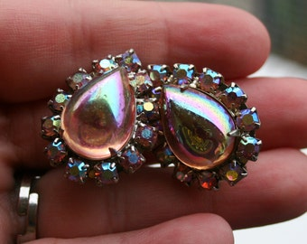 Vintage Pink Iridescent Rhinestone Earrings