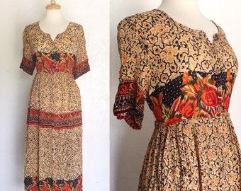 FREE SHIPPING//Roses in bloom dress//polka dot rose swirl quarter sleeve dress//size large
