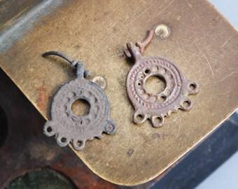Set of 2 Antique filigree charms, pendants, connectors, finding, dark patina broken loop