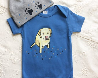 Labrador dog on Organic Cotton baby bodysuits and matching dog paw hat/ clothing sets/ baby shower gift