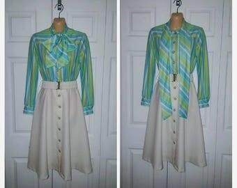 Emeraude ... Vintage 60s 70s day dress / pussy bow shirtwaist / mad men mod secretary / skirt blouse ascot scarf  ..  XS S