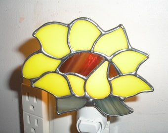 LT Stained glass, yellow Sunflower, night light lamp made with bright yellow and streaked light green for the leaves my hand made in the USA