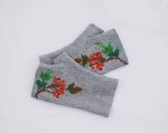 Felted Fingerless Gloves Fingerless Mittens Arm warmers Wristlets Merino Wool Light Gray