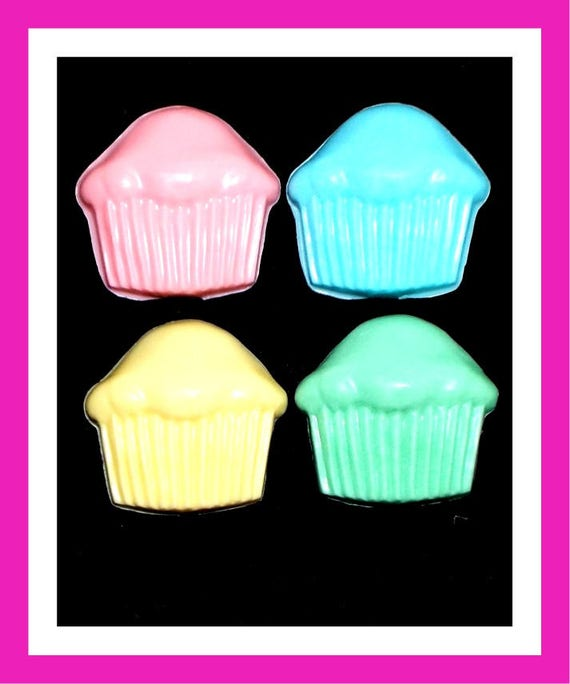 24 Cupcake Soap Favors,Birthday Party Favors,Baby Shower Favors,Personalized Button Pin,Girl Party Favors,Boy Party Favors,Kid Soap,Cake,Fun