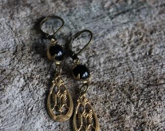 Boucles d'oreilles vintage laiton   // vintage raw brass  earrings ( BO-1162)