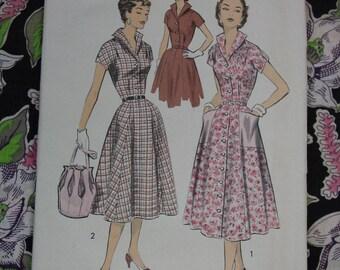 Vintage Pattern c.1950's Advance No.7993 Dress Size 14  Uncut