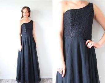30% OFF EASTER SALE Vintage black lace maxi off the shoulder evening dress // long chiffon gown gown // little black dress // one shoulder m
