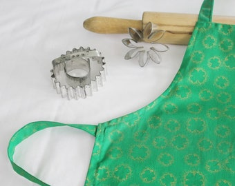Gold Shamrocks Child Apron