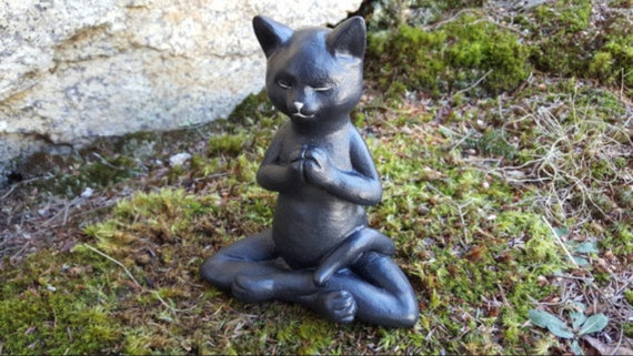 Elegant Buddha Cat, Meditating Cat, Yoga Cat Garden Decor, Cat Statue, Prayer Pose,  Concrete Zen Statue, Cement Yard Art, Cat Memorial, Yogi Decor
