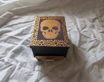 Skull and Scrolls Gold & Black Footed Jewelry Box With Mirror
